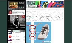 スニーカー 靴紐の通し方